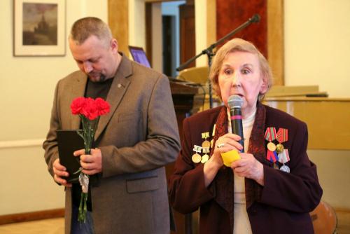 Защитники Ленинграда и блокадники отметили в Таллине свой День Победы
