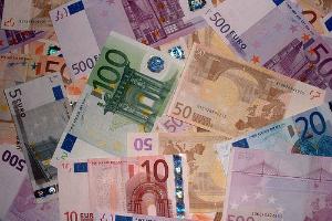 Победа левой коалиции на выборах в Греции обвалила курс евро к доллару
