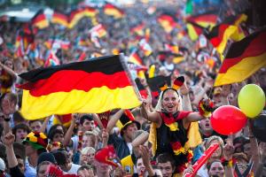Германия в четвертый раз завоевала кубок мира по футболу