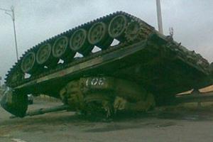 Украинский герой уничтожил под Славянском 20 танков террористов - Аваков